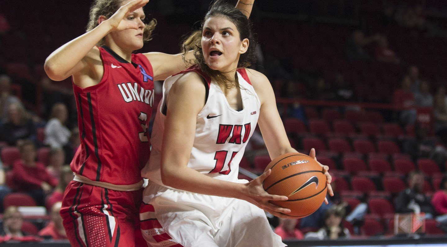 Elgedway notched her first career double-double against Evansville.